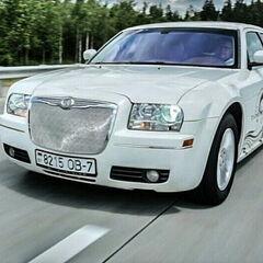 Прокат авто Прокат авто с водителем, Chrysler 300C белый лебедь