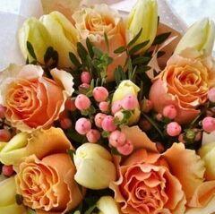 Магазин цветов Прекрасная садовница Букет с тюльпанами и розой