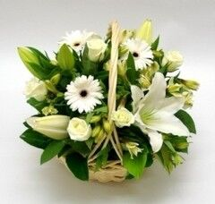 Магазин цветов Cvetok.by Цветочная корзина «Прекрасная незнакомка»
