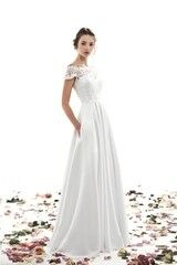 Свадебный салон UNONA Свадебное платье «May» из коллекции AMBER