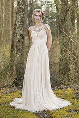 Свадебное платье напрокат Lillian West Платье свадебное 6470