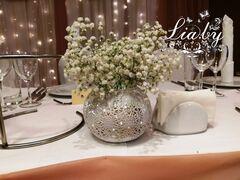 Магазин цветов Lia Цветы в железной вазе с подсветкой