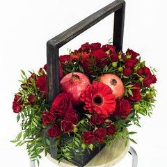 Магазин цветов Долина цветов Цветочная композиция «Красное сердце»