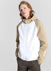 Верхняя одежда мужская O'stin Куртка с цветовыми блоками и капюшоном MJ6W78-00