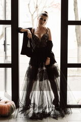 Вечернее платье Кураж Вечернее платье чёрное асимметричное
