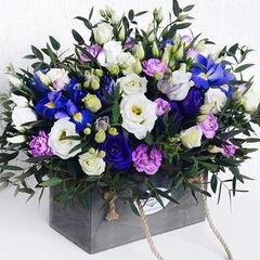 Магазин цветов Долина цветов Корзина из эустомы, ириса...