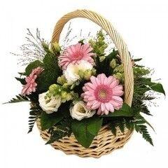 Магазин цветов Cvetok.by Цветочная корзина «Нежный сюрприз»