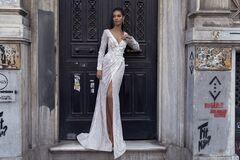 """Свадебное платье напрокат А-силуэт ALIZA свадебное платье """"Sada"""""""