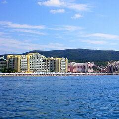 Туристическое агентство Боншанс Молодёжный тур в Болгарию, Солнечный Берег, международный центр «Star Club»