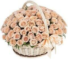 Магазин цветов Cvetok.by Цветочная корзина «Кофе с молоком»