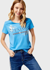 Кофта, блузка, футболка женская O'stin Футболка женская с текстовым принтом LT4U36-65