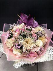 Магазин цветов Florita (Флорита) Букет с антуриумом, хризантемой, бувардией