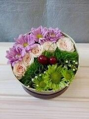 Магазин цветов VGosti.by Композиция «Шкатулка чудес»
