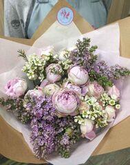 Магазин цветов Прекрасная садовница Букет с сиренью и розой Блоссом бабблс