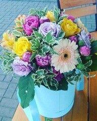 Магазин цветов LION Коробка с цветами «Птичка летняя»