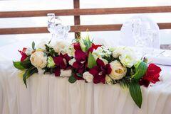 Магазин цветов Lia Композиция на стол стандарт
