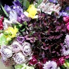 Магазин цветов Прекрасная садовница Будет с гортензией и розой Блоссом бабблс