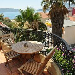 Туристическое агентство VIP TOURS Пляжный aвиатур в Черногорию, Рафаиловичи, Garni Hotel Meduza 3*