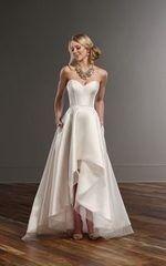Свадебное платье напрокат Essense of Australia Платье свадебное Carter Sia