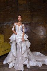 Свадебный салон Crystal Свадебное платье Nika