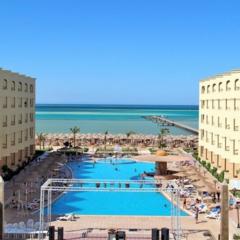 Туристическое агентство Яканата тур Пляжный aвиатур в Египет, Хургада, AMC Royal Hotel 5*