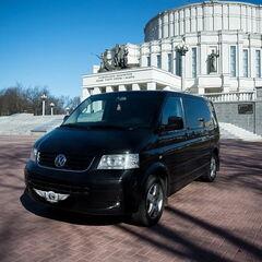 Прокат авто Аренда микроавтобуса Volkswagen Multivan Black