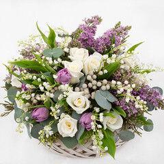 Магазин цветов Cvetok.by Цветочная корзина «С праздником!»
