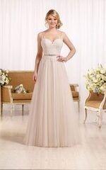Свадебное платье напрокат Essense of Australia Платье свадебное D2085
