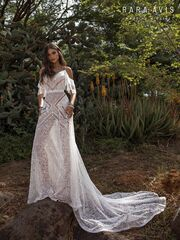 Свадебный салон Rara Avis Свадебное платье Batist
