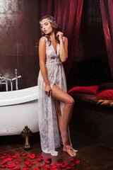 Свадебный аксессуар IZUM Будуарное платье 203