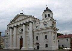 Достопримечательность Костел Святого Станислава Фото