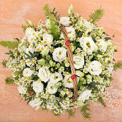 Магазин цветов Cvetok.by Цветочная корзина «Белое кружево»