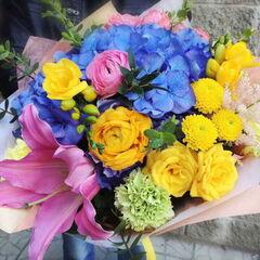 Магазин цветов Прекрасная садовница Букет с лилией и гортензией