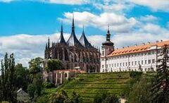 Горящий тур Отдых и Туризм Секреты Праги, автобусный тур