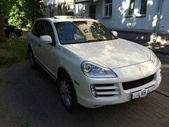 Прокат авто Прокат авто Porsche Cayenne белого цвета