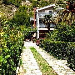 Туристическое агентство Сойер тревел Пляжный авиатур в Черногорию, Будва, Garden Pavlovic Apartments 4*