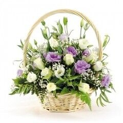 Магазин цветов Cvetok.by Цветочная корзина «Воздушный поцелуй»