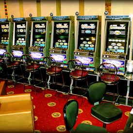 Фараон игровые автоматы бобруйск вакансии проиграл в казино ютуб