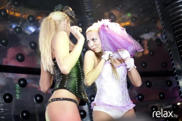 Fake tits shower blowjob