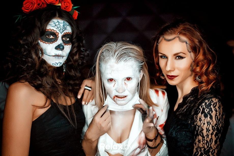 Атлас клуб хэллоуин фото