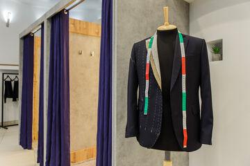 Магазин-ателье по индивидуальному пошиву мужской и женской одежды  «Bond Stinson (Бонд энд Стинсон)» e3a2fd8a94da8