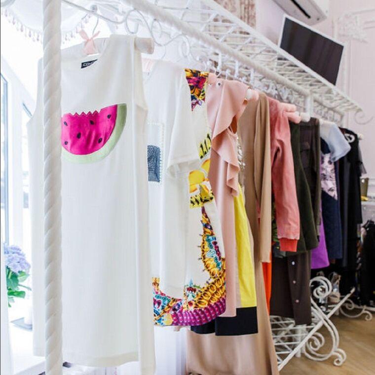 1addbfcbc1b Магазин-ателье по индивидуальному пошиву мужской и женской одежды. A La  Lounge
