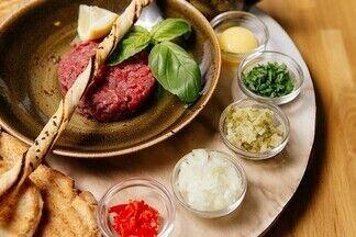Что ел Минск: 9 самых продаваемых блюд уходящего года